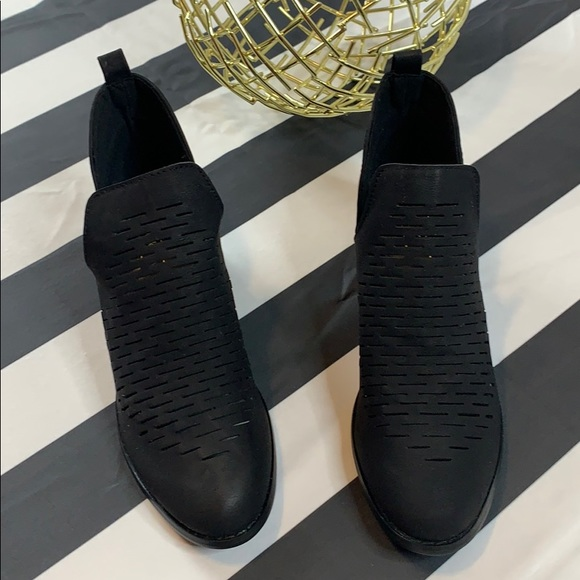 YOKI Womens Paladino-13 Ankle Boot